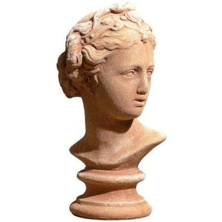 Busto Galatea. Modellazione realizzata in alto rilievo. La forma rimane inalterata nel tempo. Realizzato a mano da maestri artigiani con argilla di Impruneta, resistente al gelo.