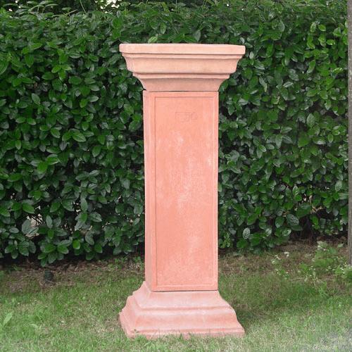 936-colonna-quadrata-con-capitelli